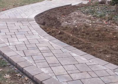 paved-stone-front-entry-landscaping-001