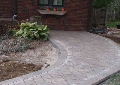 paved-stone-front-entry-landscaping-003
