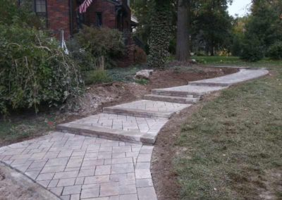 paved-stone-front-entry-landscaping-004