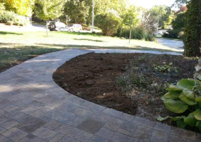 paved-stone-front-entry-landscaping-008